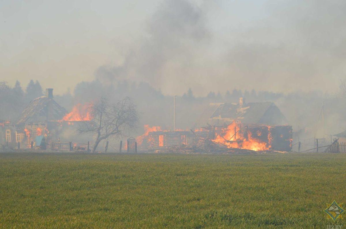 пожар в деревне Нарчи Щучинского района